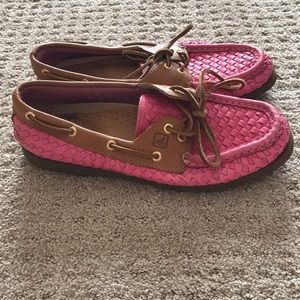 Pink Leather Sperry Topsiders — size 8M